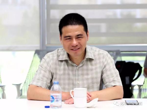 蒋锡培率队参访泉峰集团